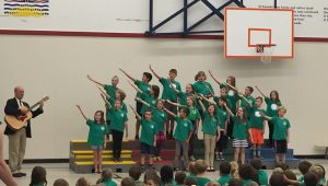 École Cobble Hill Singers - Sing me a Song Presentation